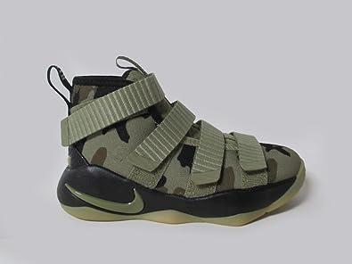 Amazon.com   NIKE Boysu0027 Preschool Lebron Soldier 11 Basketball