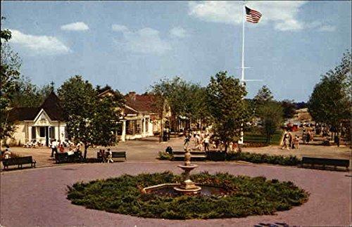 (Entrance to Fun at Pleasure Island Wakefield, Massachusetts Original Vintage Postcard)