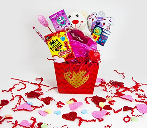 Cute-Kids-Valentines-Day-Candy-Bouquet-Gift-Basket-Decorated-Bouquet-with-Assorted-Favors-and-Treats