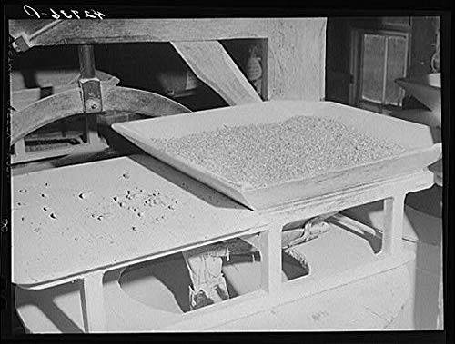 HistoricalFindings Photo: Usquepaugh,Rhode Island,RI,Washington County,Kenyon Johnnycake Flour Mill,FSA