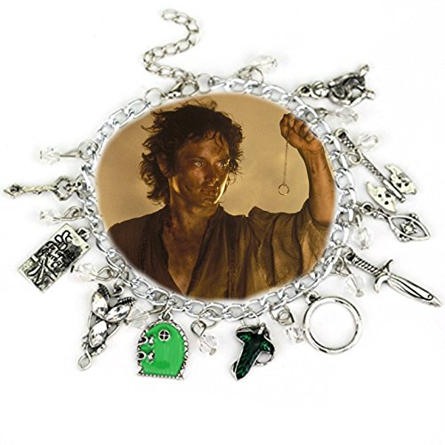 Lord of The Rings 10 Charms Bracelet in Gift Box by Superheroes (Lord Of The Rings Costumes For Dogs)