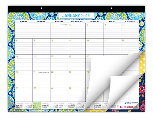 Desk Calendar 2019: Large Monthly Pages - 22