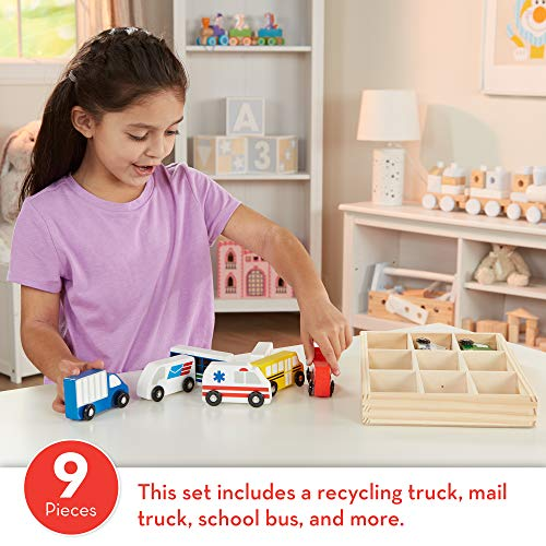 Melissa & Doug Wooden Town Vehicles Set (Wooden Storage Tray, 9 Pieces, Great Gift for Girls and Boys - Best for 3, 4, and 5 Year Olds)
