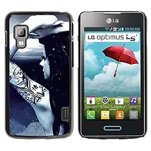 Caucho caso de Shell duro de la cubierta de accesorios de protección BY RAYDREAMMM - LG Optimus L5 II Dual E455 E460 - Tattoo Ink Naked Girl Moon Light Night Sky Art