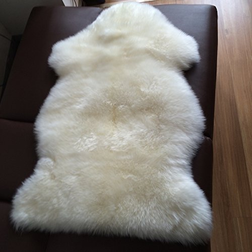 A-STAR 2x3-Feet Single Large Sheep Skin Rug - Ivory White (Skin Sheep Faux)