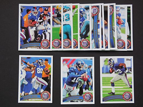 New York Giants 2011 Topps Football Team Set (Super Bowl Champions) * Prince Amukamara, Marvin Austin, Kevin Boss, Ahmad Bradshaw, Brandon Jacobs, Eli Manning, Mario Manningham, and More ()