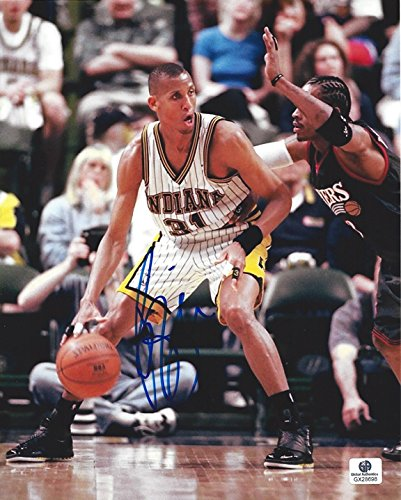 (AUTOGRAPHED Reggie Miller #31 Indiana Pacers Star (Vintage Team) Signed Collectible Picture 8X10 Inch Basketball Glossy Photo with COA)