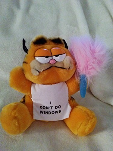 Vintage Plush Garfield Wearing I Don't Do Windows Aprin 7'' Inches by United Features Syndicate