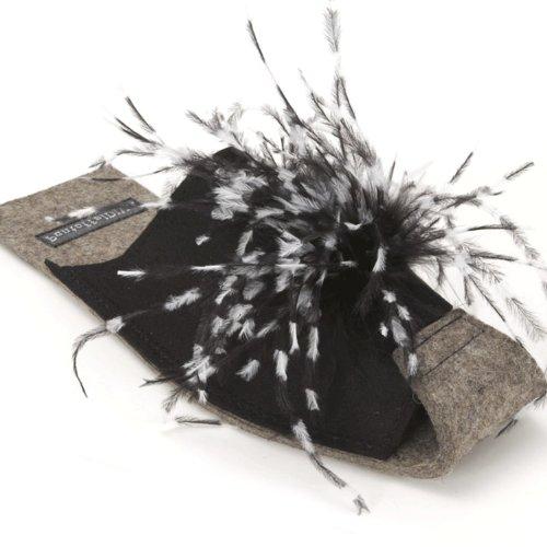 Diva schwarz-weiß, Damenpantoffel mit Straußenfederbesatz von PantoffelDIVA Unisex Größe 38-42