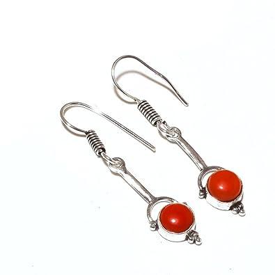 5ae92aa97435 Joyas de regalo para niñas. Pendientes de plata de ley con diseño de coral  rojo