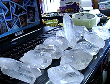 12 TO 15 QUARTZ CRYSTAL FROM CRYSTAL MINE...WHOLESALE PRICE..OVER 3 POUND (Crystals Wholesale Quartz)