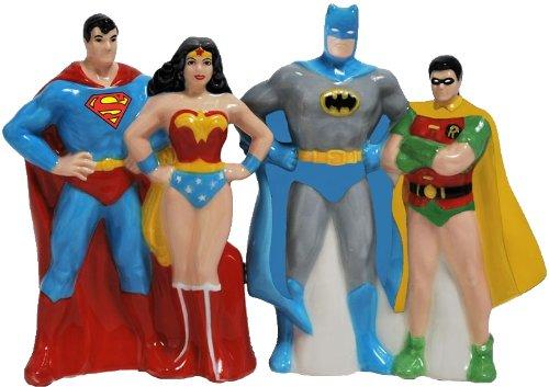 Westland Giftware Superheroes Magnetic Ceramic Salt and Pepper Shaker Set, 4-Inch