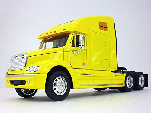Freightliner Columbia Extended Cab Truck 1/32 Scale Diecast Metal and Plastic Model - YELLOW