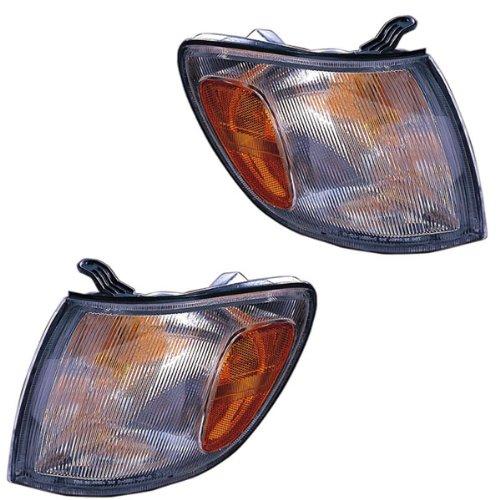 (1998-1999-2000 Toyota Sienna Park Corner Light Turn Signal Marker Lamp Set Pair Right Passenger AND Left Driver Side (98 99 00))