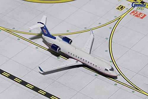 GEMGJ1633 1:400 Gemini Jets United Express CRJ-200 Reg #N417AW (pre-painted/pre-built)