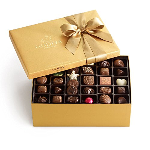 Godiva Chocolatier Classic Gold Ballotin Candy, Chocolate Variety Mother's Day Gift Pack, 105 (Gold Ballotin Assorted Chocolates)