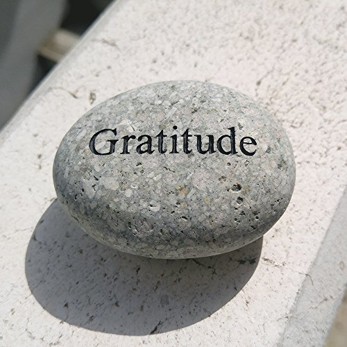 Cheap Gratitude Engraved Stones Natural Beach Pebble Inspirational Word Stones