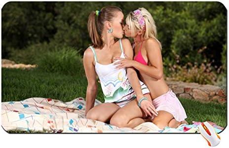 Best Teen Lesbian