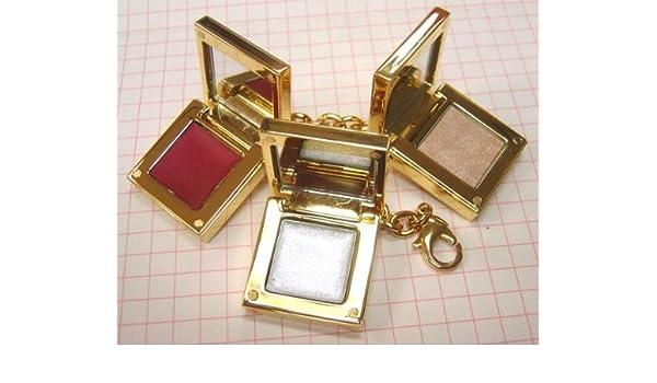 62e74529d7d Amazon.com : Yves Saint Laurent Bracelet Glamour Palette - Lip Gloss /  Multi-purpose Highlighter / Shiny Lipstick : Beauty