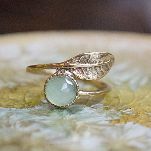 (Adjustable dainty thin leaf golden brass jade ring Gemstone ring stacking botanical ring - Gone with the wind RK2062-3)