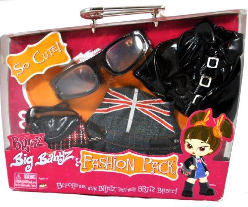 Bratz MGA Entertainment Big Babyz Fashion Pack Set - PRETTY 'N' PUNK with Black Leather Jacket, Sunglasses, Denim Skirt and Handbag (Doll Sold Separately)
