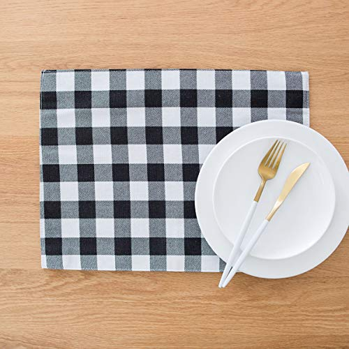 (famibay Buffalo Plaid Place Mats, Black and White Placemats Set of 4 Farmhouse Placemats Checker Decorative Kitchen Table Mats Cotton Linen)