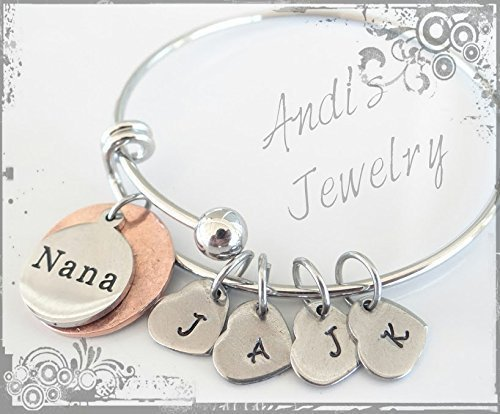 Heart Bracelet Initials (Nana/Grandma Copper back Charm Bracelet, Heart initials of Grandchildren, Gift for Nana, Gift for Grandma, Grandchildren Initial Bracelet)