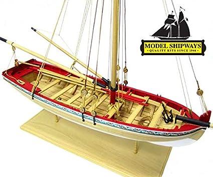 Amazon.com: Maqueta de madera de bote del siglo XVIII Model ...
