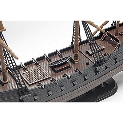 Revell SnapTite The Black Diamond Pirate Ship Model Kit: Toys & Games