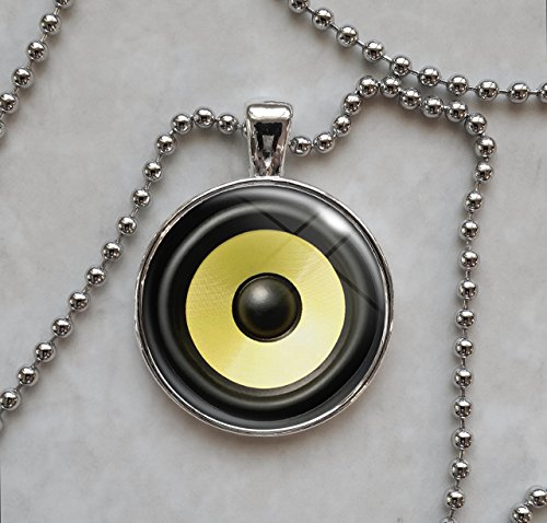 audio-stereo-speaker-subwoofer-pendant-necklace