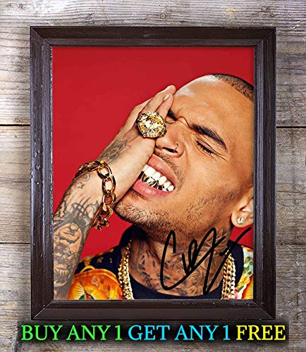 Chris Brown Royalty Autographed Signed 8x10 Photo Reprint #38 Special Unique Gifts Ideas Him Her Best Friends Birthday Christmas Xmas Valentines Anniversary Fathers Mothers Day