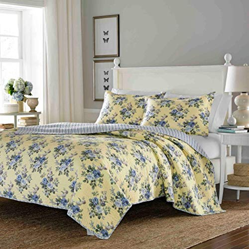 3 Piece Yellow Bedspread Quilt Set with Light Gray / Blue Roses & Reversible Stripe Patterns - Full / Queen Size
