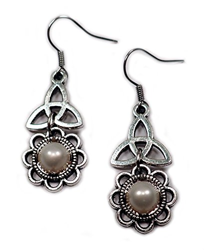 Celtic Triquetra Tinity Silver Earrings product image