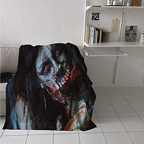 Maisi Lightweight Blanket, Scary Dead Woman with a Bloody Axe Evil Fantasy Gothic Mystery Halloween Picture, Throw Blanket for Kids 50x30 Inch Multicolor -