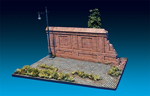 MiniArt 1:35 Scale Diorama with Brick Wall Plastic Model Kit by MiniArt (Image #1)