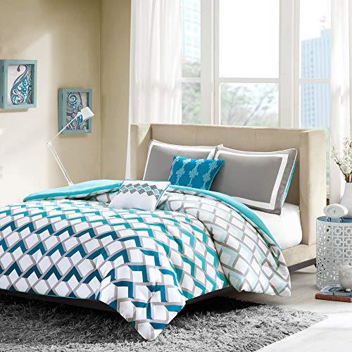 Intelligent Design Finn Comforter Set Twin/Twin XL Bedding Sets - Blue, Geometric – 4 Piece Teen Bed Set – Peach Skin Fabric Bed Comforter