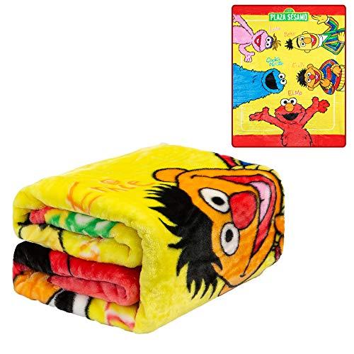 JPI Plush Throw Blanket - Sesame Street Elmo & Friends Amigos - Twin Bed 60