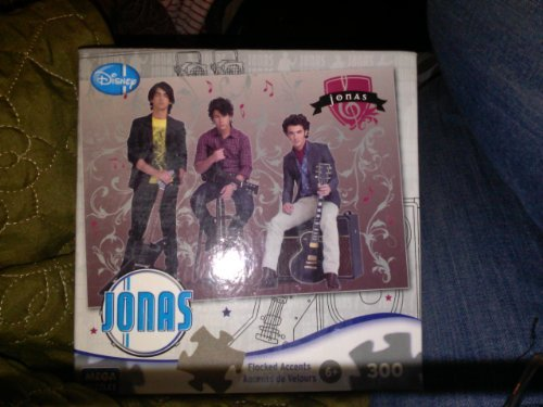 Jonas Brothers - Rock Stars - 300 Piece Velour Accent Jigsaw Puzzle ()