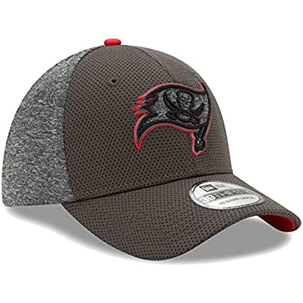 New Era NFL Tampa Bay Buccaneers Fierce Fill Team Color 39THIRTY Flex Hat -  Pewter  0f01a510a
