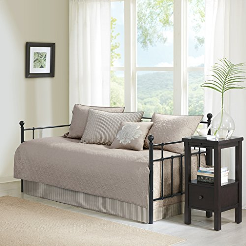 Madison Park Quebec Daybed Size Quilt Bedding Set – Khaki, Damask – 6 Piece Bedding Quilt Coverlets – Ultra Soft Microfiber Bed Quilts Quilted Coverlet