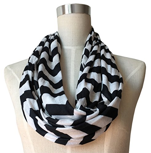 Women's Chevron Patterned Infinity Scarf with Zipper Pocket (Black)