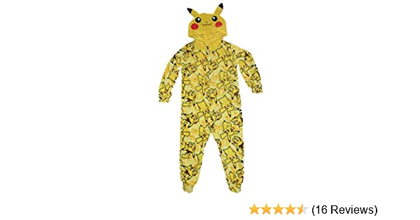 9f0ed09c82 Amazon.com  Pokemon Pikachu Boys Union Suit Pajamas 4-16 (M (8))  Clothing
