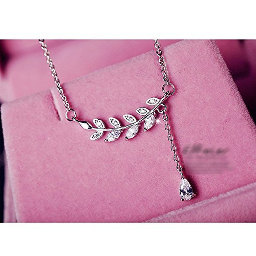 GTHYUUI 1 Pcs Beautiful Elegant Simple Clavicle Cain Coker Ncklace Birthday Gifts for Women Ladies Girls