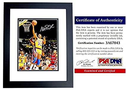 b954b75aa Magic Johnson Signed - Autographed Los Angeles Lakers 8x10 inch Photo -  PSA DNA Certificate