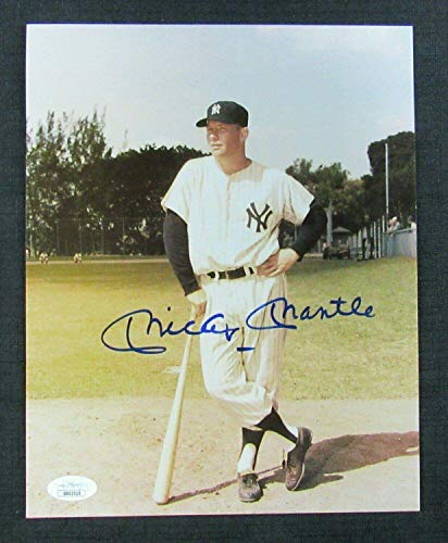Signed Mickey Mantle Picture - 8x10 BB02516 - JSA Certified - Autographed MLB Photos ()