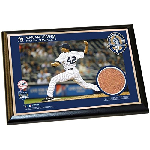 Mariano Rivera New York Yankees Horizontal Pitching Final Season 2013 4x6 Dirt Plaque from Steiner Sports