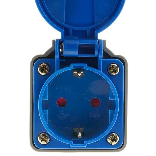 BeMatik Adapter CETAC-Stecker an SCHUKO-Buchse 2P+T 16A 250V IP44 IEC-60309