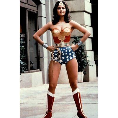 ((24x36) Lynda Carter as Wonder Woman TV Poster Print)