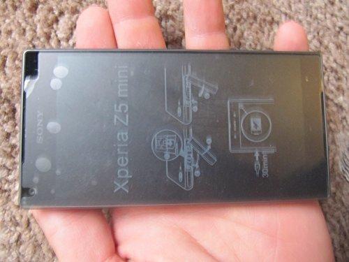 Sony Xperia Z5 Compact E5823 2GB/32GB 23MP 4.6-inch 4G LTE Factory Unlocked (BLACK) - International Stock No Warranty