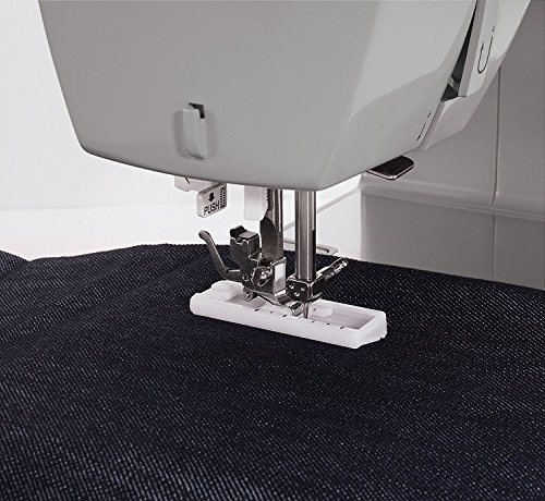 SINGER | Heavy Duty 4411 Sewing Machine with 11 Built-in Stitches, Metal Frame and Stainless Steel Bedplate, Great for Sewing All Fabrics
